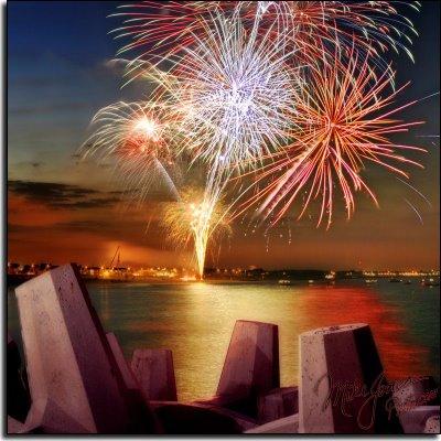 [fireworks-show-11.jpg]