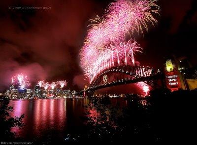 [fireworks-show-04.jpg]