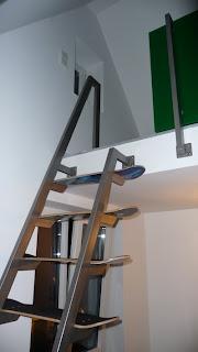 Skateboard Stairs: Seitliche Ansicht oberer Einstieg