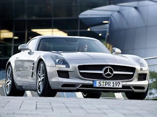 Mercedes-Benz-SLS-AMG-Base-Coupe