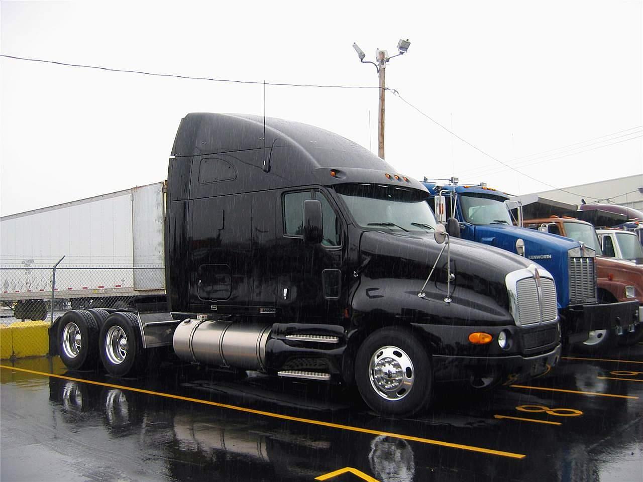 Wanna Buy A Truck   2007 Kenworth T2000
