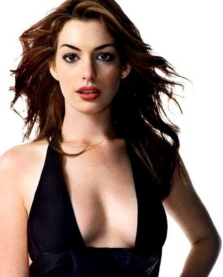 """Rice, Beans and Razor Blades!: Anne Hathaway to play """"Catwoman"""" in new ..."""