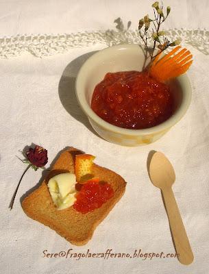 marmellata di arance e fragole