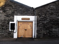 entrance to pulteney distillery