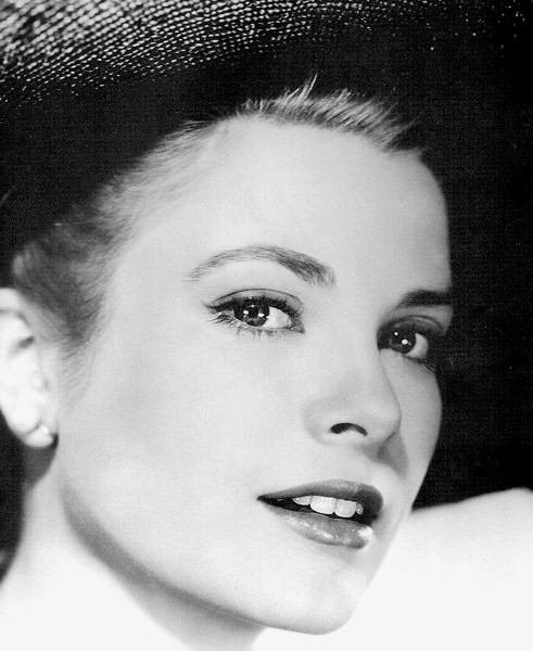 grace kelly - style icon at the v