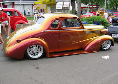 my back to the fifties car show picks iridescent cars. Black Bedroom Furniture Sets. Home Design Ideas