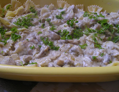 Pasta with a Zingy Mushroom & Sour Cream Sauce