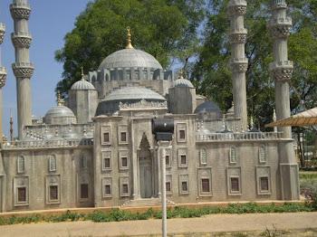 Di Taman Tamadun Islam KT