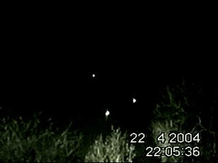 UFOs Filmed Above Essex Road (B Res)