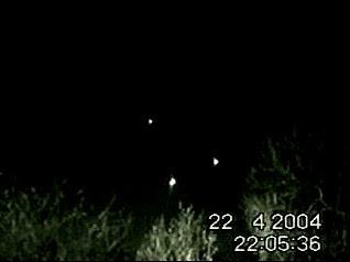 UFOs Filmed Above Essex Road (B Res)