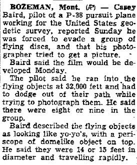 P-38 Pilot Takes Evasive Action To Avoid Flying Discs - Walla Union-Bulletin 7-7-1947