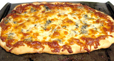 ... Kitchen, Big Appetite: Roasted Acorn Squash and Gorgonzola Pizza