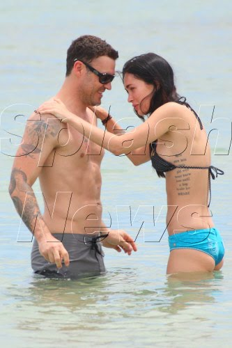 About celebrities megan fox brian austin green married for Best places to get married in austin