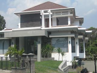 Sketsa Rumah Minimalis on Sketsa Rumah Iadaman  Gambar Rumah Minimalis