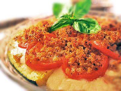 zucchini tomato mozzarella pie