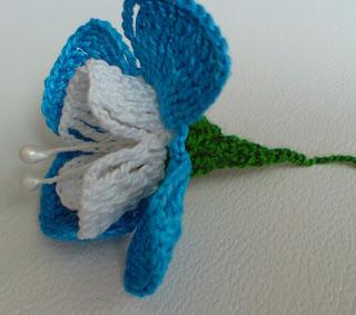 Yaseminin Hobi Evi Renk Renk örgü çiçekler