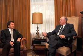 Embaixador da Turquia recebido por Alberto João Jardim