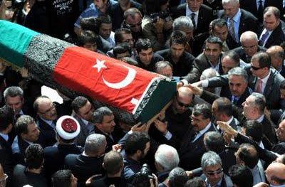 Morreu o chefe da antiga dinastia otomana