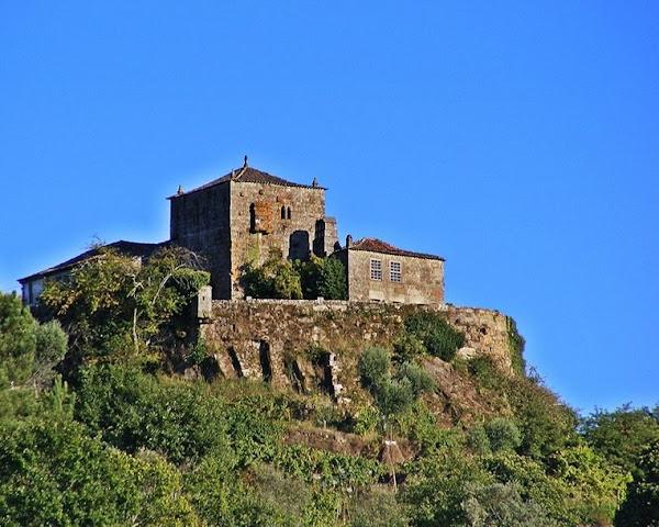 Casa da Torre da Lagariça, solar da família Pinto