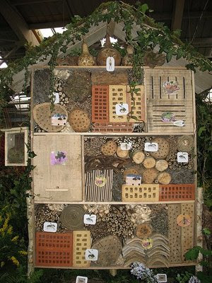 H tel insectes des id es de plans le concombre - Hotel a insectes palettes ...