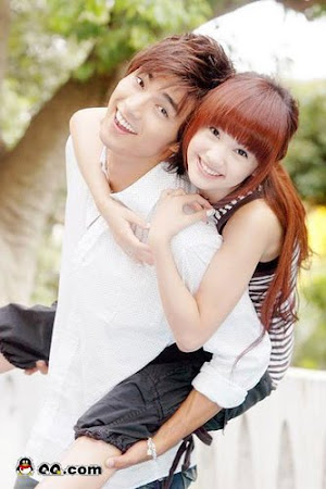 Mike He & Rainie Yang