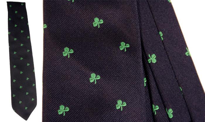 3 leaf clover tie