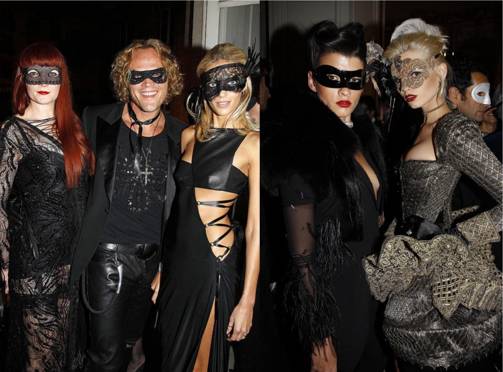 http://1.bp.blogspot.com/_PfmV3qvy8FY/TRzya7xk7LI/AAAAAAAAAs8/UqGYLBLzKU8/s1600/la+modella+mafia+Vogue+Masquerade+Ball+Peter+Dundas%252C+Anja+Rubik+%2526+Abbey+Lee+Kershaw.jpg