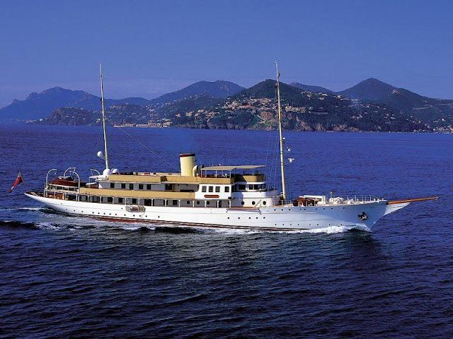yacht charter in ibiza