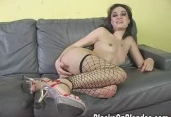 Latina flash porn