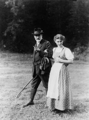 Sigmund with daughter Anna
