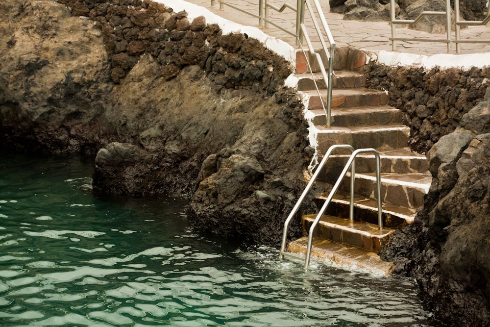 Cualquier d a piscinas naturales de garachico for Piscinas naturales de garachico