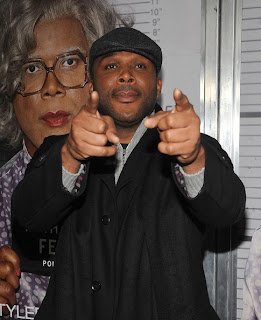 Tyler Perry a presenter at Oscars; needs to use Twitter!