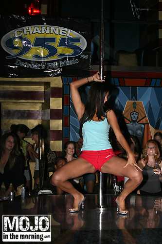 ... and the Miley Cyrus Stripper Pole Dance issue at the Teen Choice Awards, ...