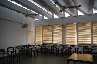 Classe du bâtiment D, Institut des Langues Etrangères, Vann Molyvann - Phnom Penh