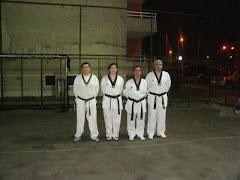 Elizabeth con Instructores de Iquique asesorados por el Maestro Fernando Muñoz.