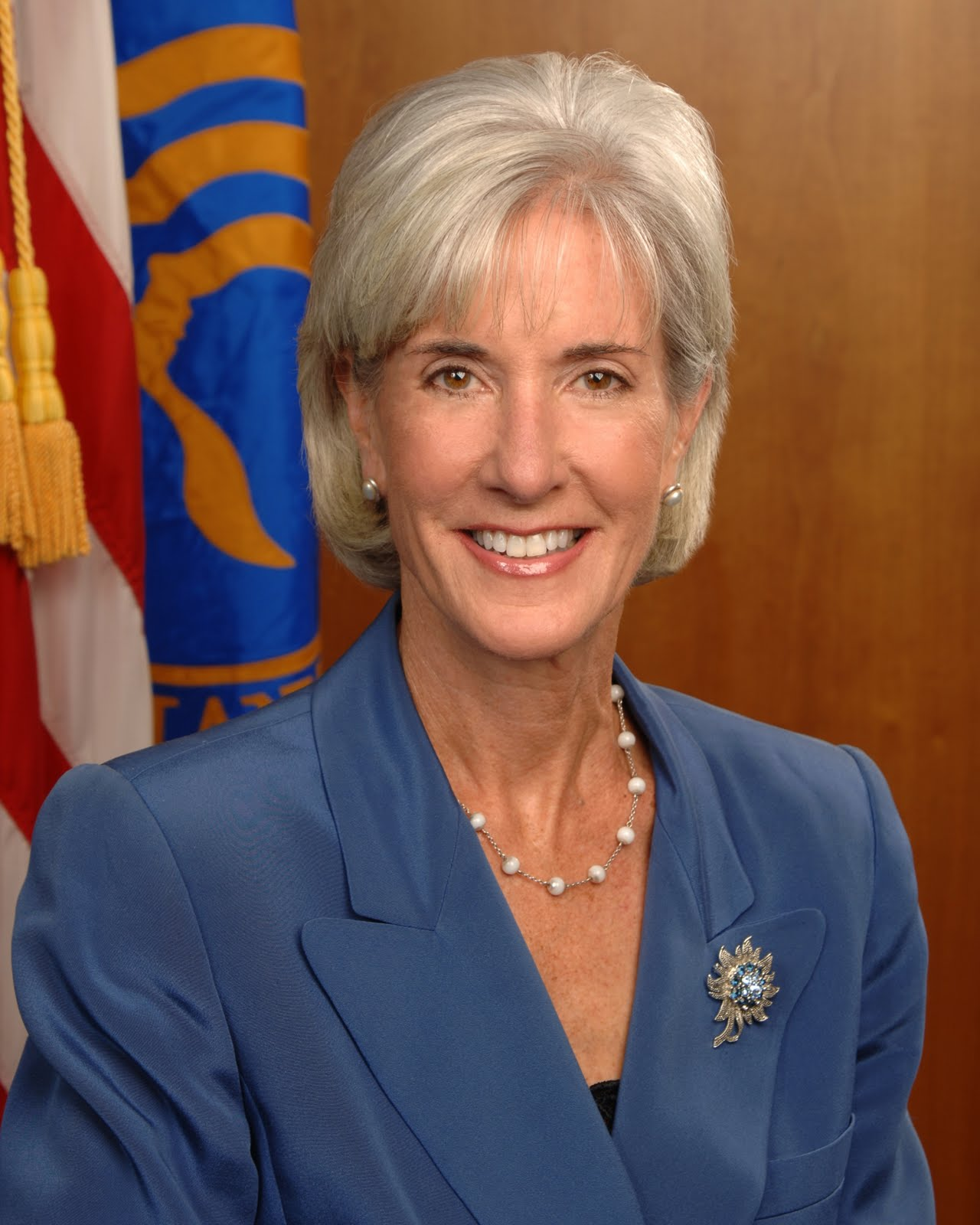 sebeliusofficialphoto The other day he stopped by the house unexpectedly while my son was ...