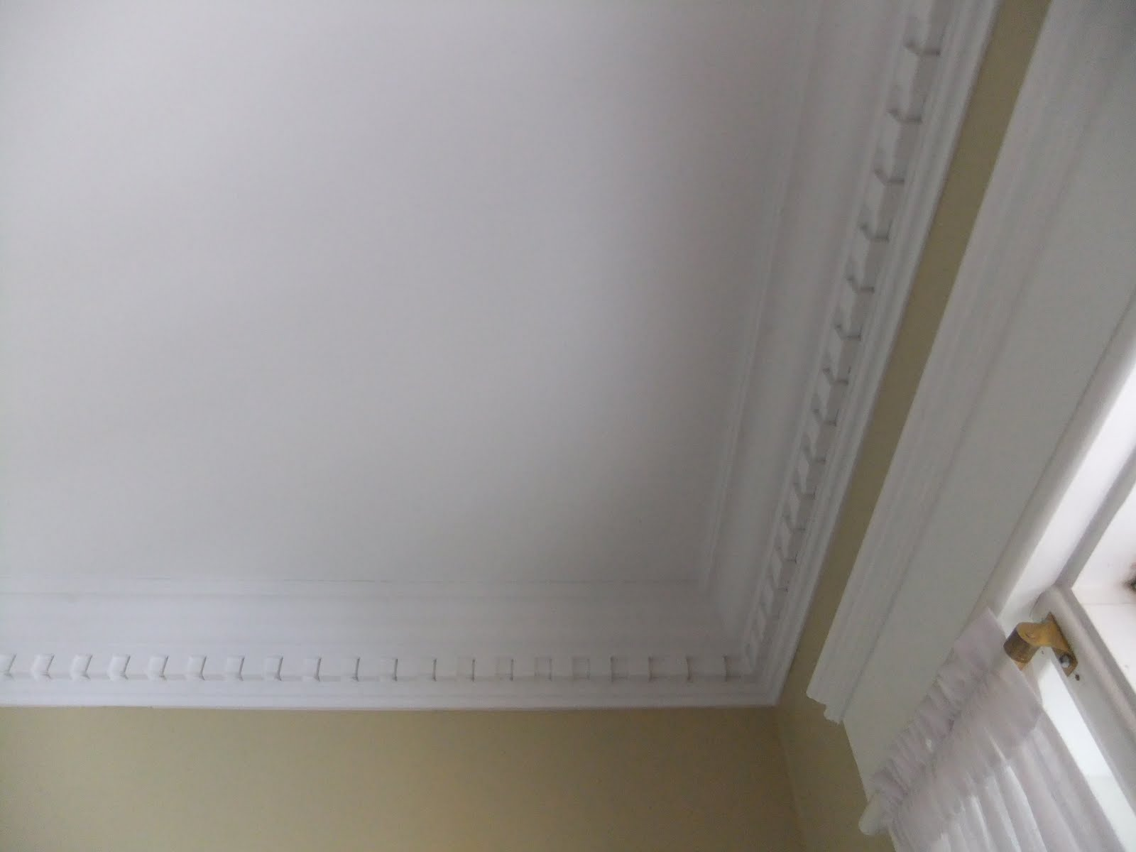 http://1.bp.blogspot.com/_PpKJLX6M__c/TKsSTugN90I/AAAAAAAABGc/MoB_D-tzXUI/s1600/September+25+mirrors+%26+ceiling+047.JPG