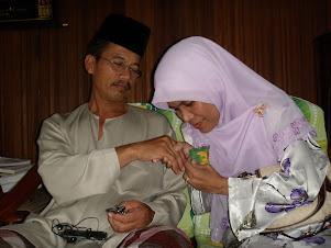 sentiasa sayang abah dan mak