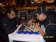 Allan competindo com Felipe da Embrião