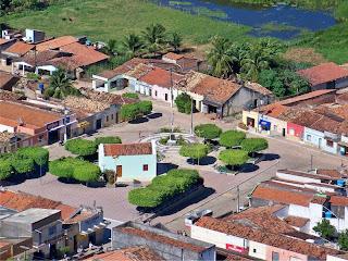 http://1.bp.blogspot.com/_PrpZNzCFUIU/S5dep-qoCpI/AAAAAAAAAIA/rzF6-Jb-xr0/s320/Capela+de+Altaneira.jpg
