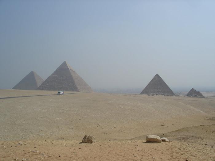 Pirâmides de Gizé! Indescritível!