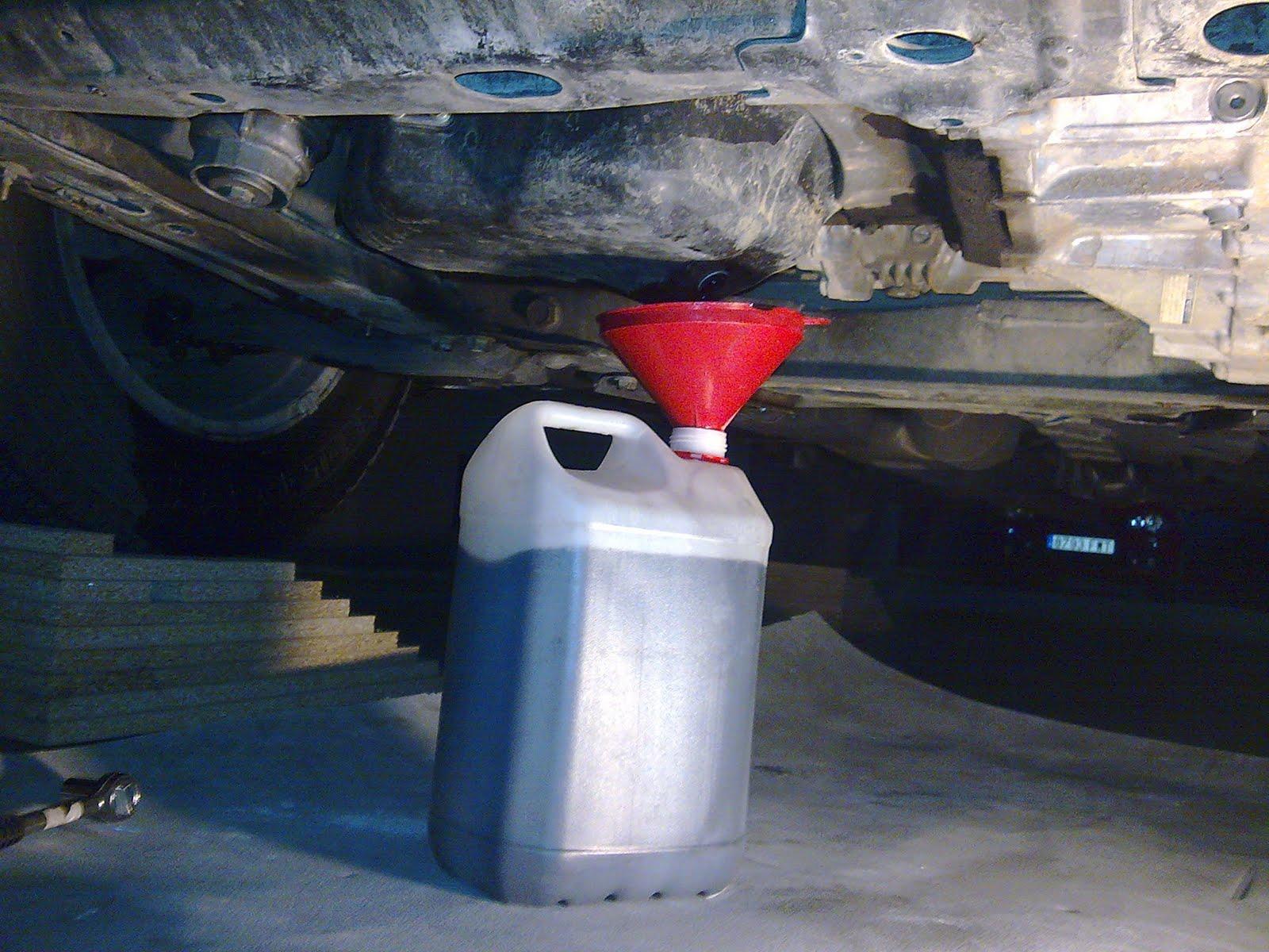 Cambio filtro aceite toyota rav4 - Como sacar aceite del piso ...