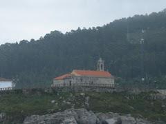 A Atalaya dende o mar.