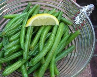 Gorgeous green beans, brightened with lemon zest & juice