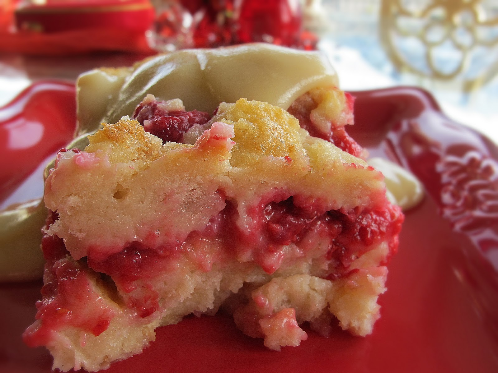 Yes, it tasted exactly like Kneader's Raspberry Bread Pudding.