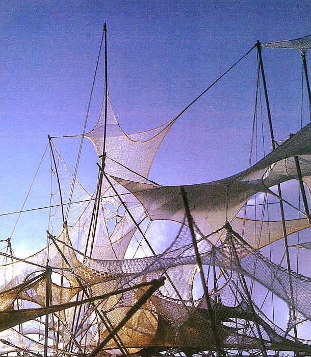 Pedro Serrano & Martha Alava: Deformed Structures