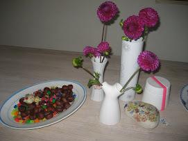 Eksempel på alm stenhverdagspynt på spisebordet