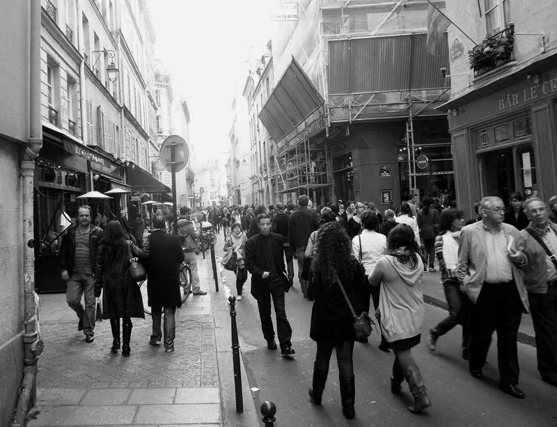 Stewzanne in paris the rue vieille du temple rue des for Le jardin moghol 53 rue vieille du temple