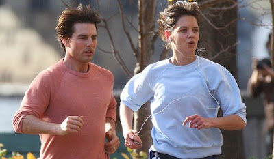 One can work at his body easily as celebrities do: Madonna bikram yoga, Nicola Kidman pilates and Anne Hathaway jogging.