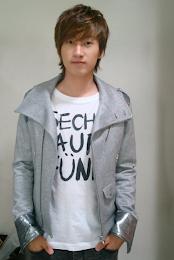 8 银赫 EunHyuk